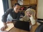 Senyum Khas Shahib dan Dewi saat dikusi