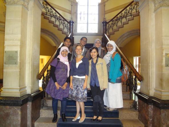 Mahasiswa IMPOME 2011 dan Susan McKenney